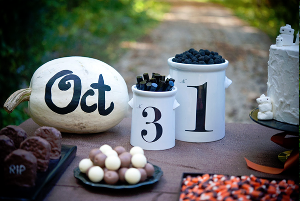 elements-halloween-desert-table