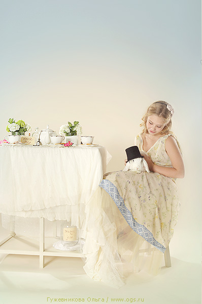tea-party-alice-in-wonderland-white-rabbit-by-olga