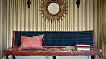 amazing-old-sofa