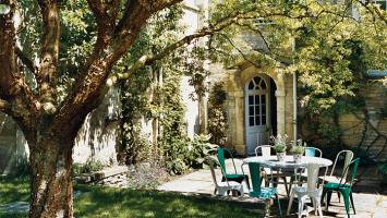 lovely-backyard