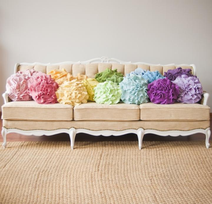 Colorful ruffle rose pillows for Almohadones para sillones