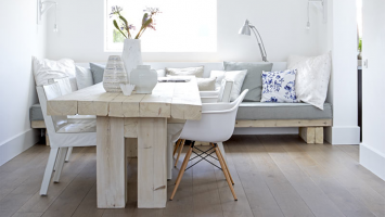 white-cosy-and-grey