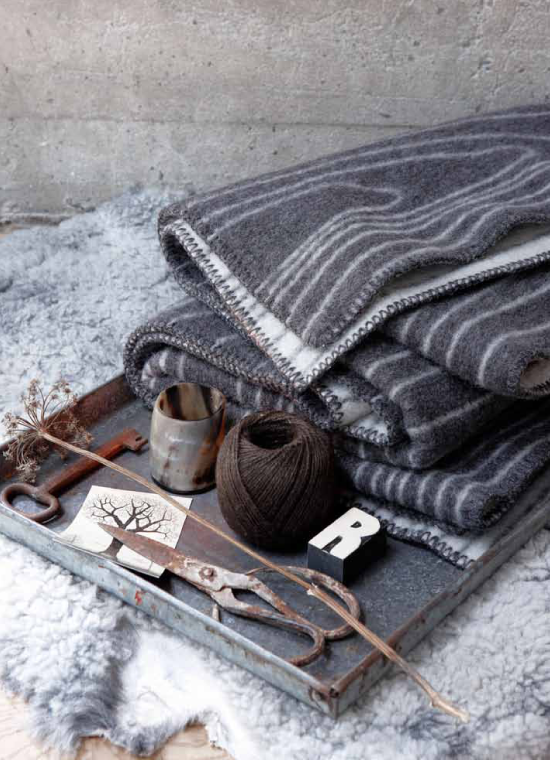 soft and warm blankets from norway 79 ideas. Black Bedroom Furniture Sets. Home Design Ideas
