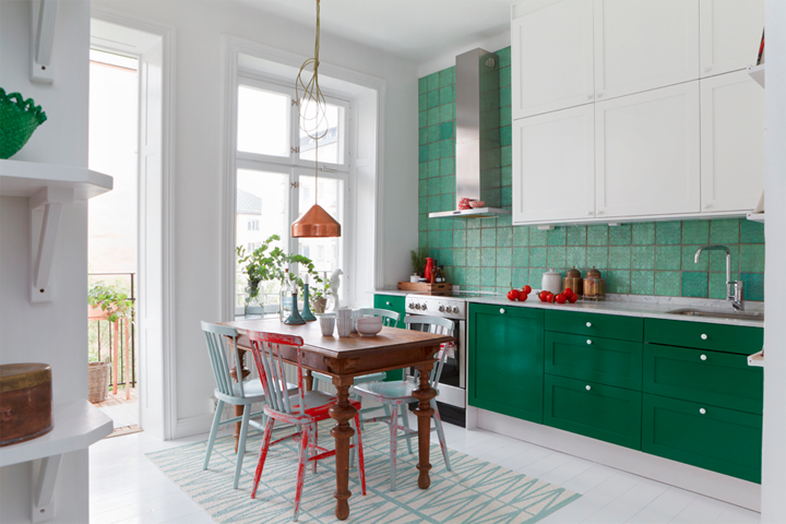 Kitchen in white and green 79 ideas for Green and white kitchen designs
