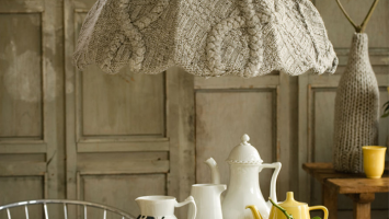 79ideas-knitted-lamp