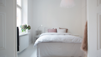 cozy-and-feminine-bedroom