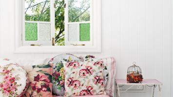 79ideas-stunning-floral-pattern-sofa