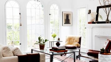 79ideas_living_area_beautiful_windows