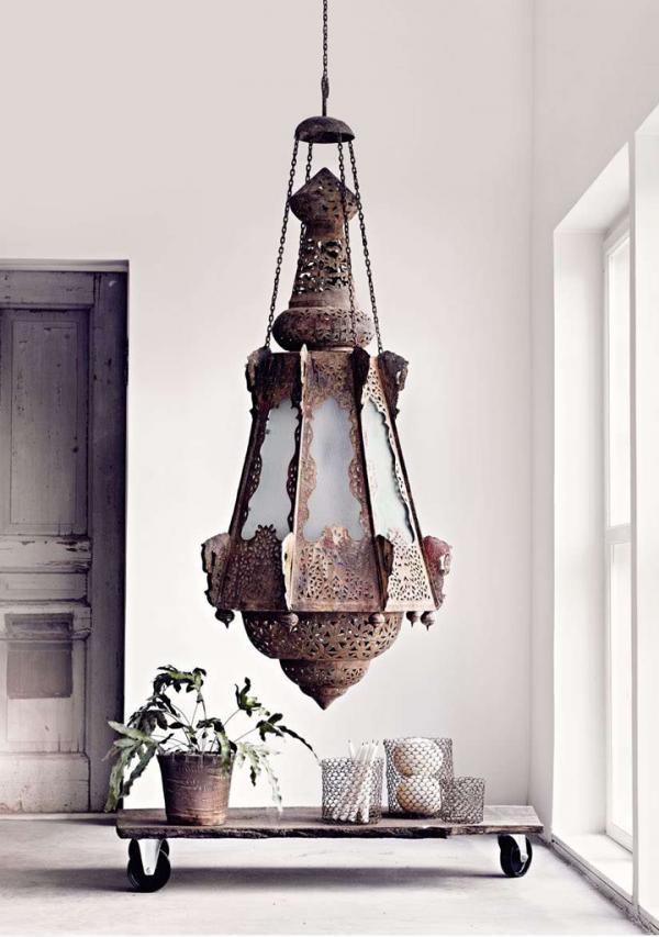 79ideas_coffee_table_chandelier
