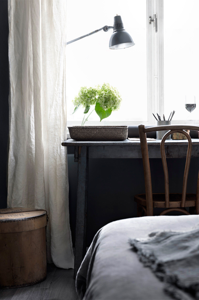 dark_second_bedroom_hans_blomquist_via_79ideas