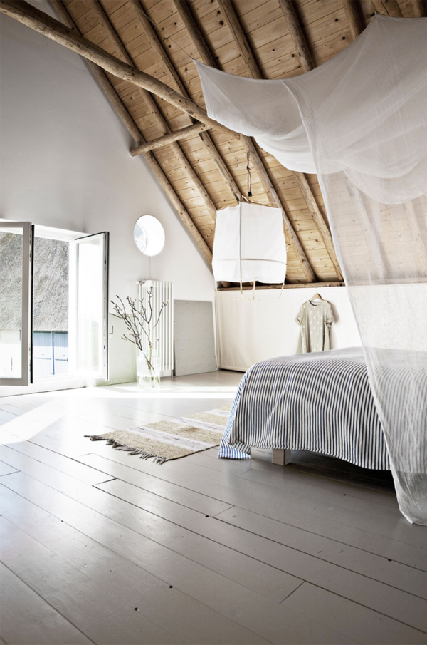 lovely_bedroom_netherlands_via_79ideas