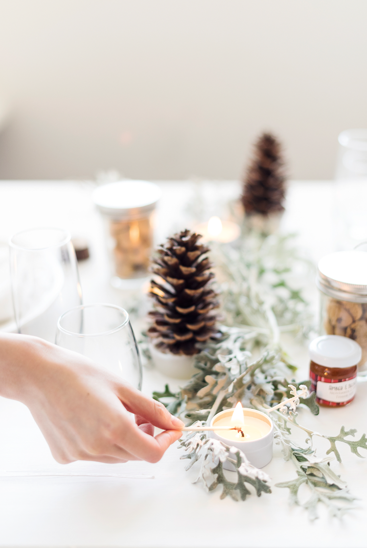 radostina_photography_winter_wonderland_sage_candles