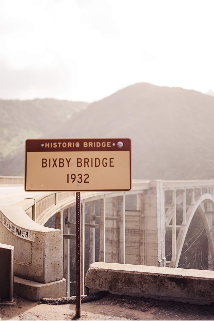 79ideas_bixby_bridge_sign_portrait